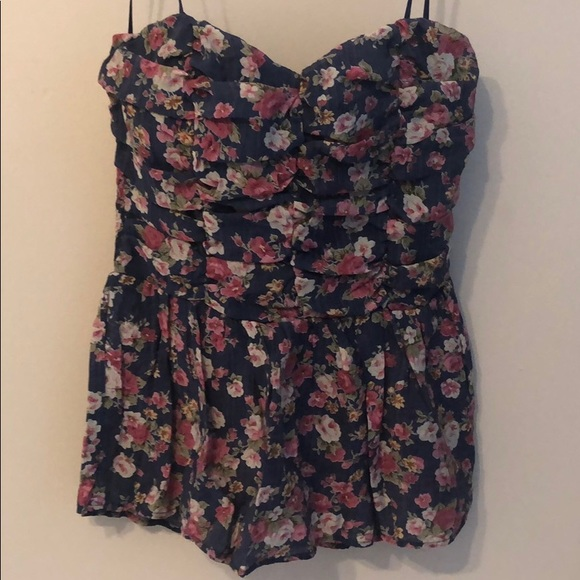 Deb Tops - Strapless top